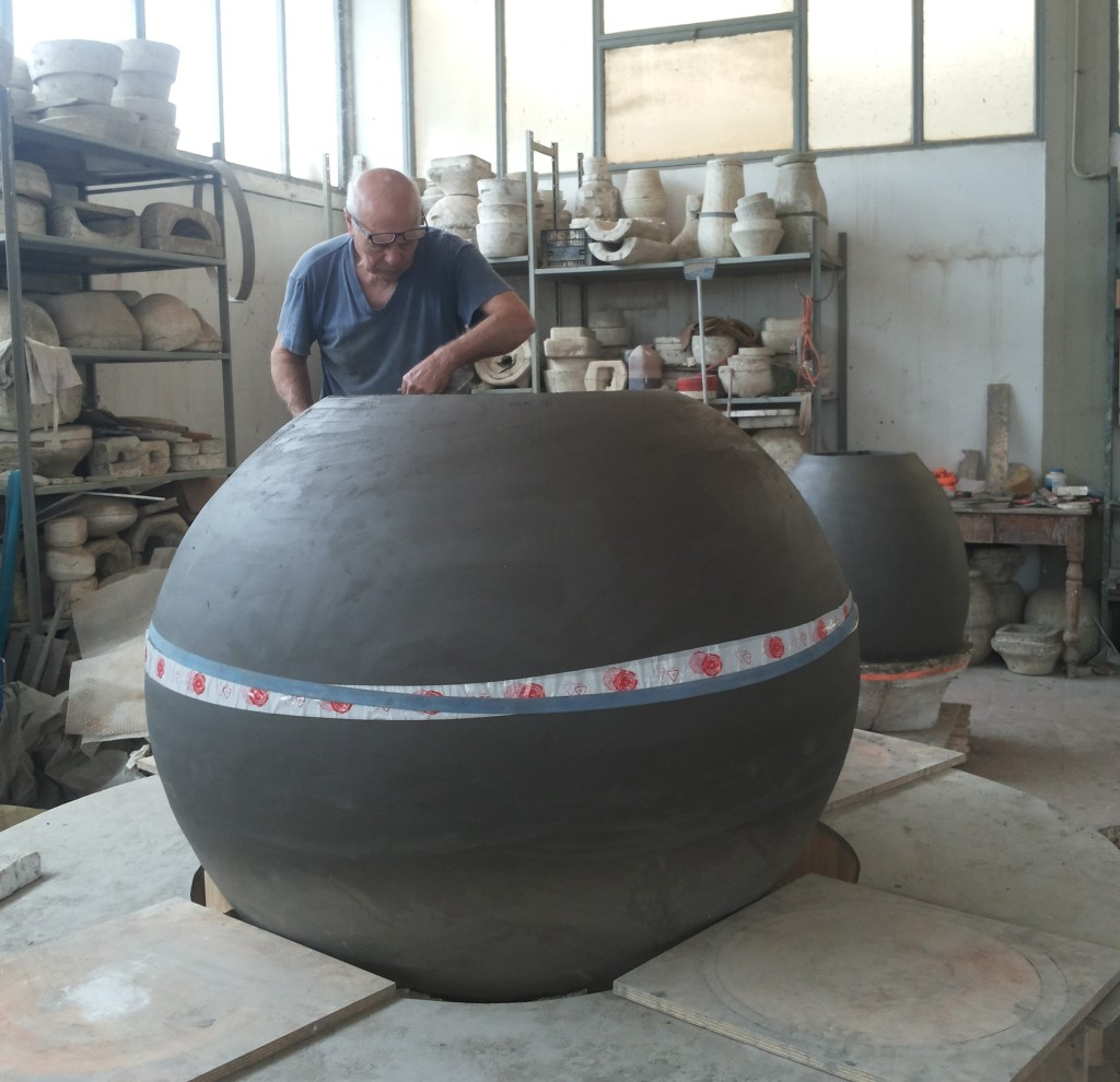 Giuseppe Parisi completa il dolium di Artenova